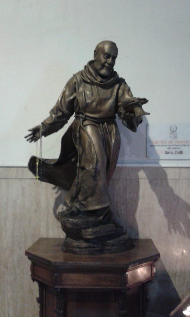 San Pio Parrocchia di S. Elena Roma
