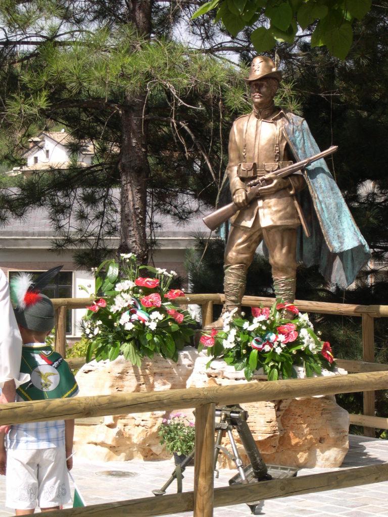 Monumento all'alpino - Pratola Peligna